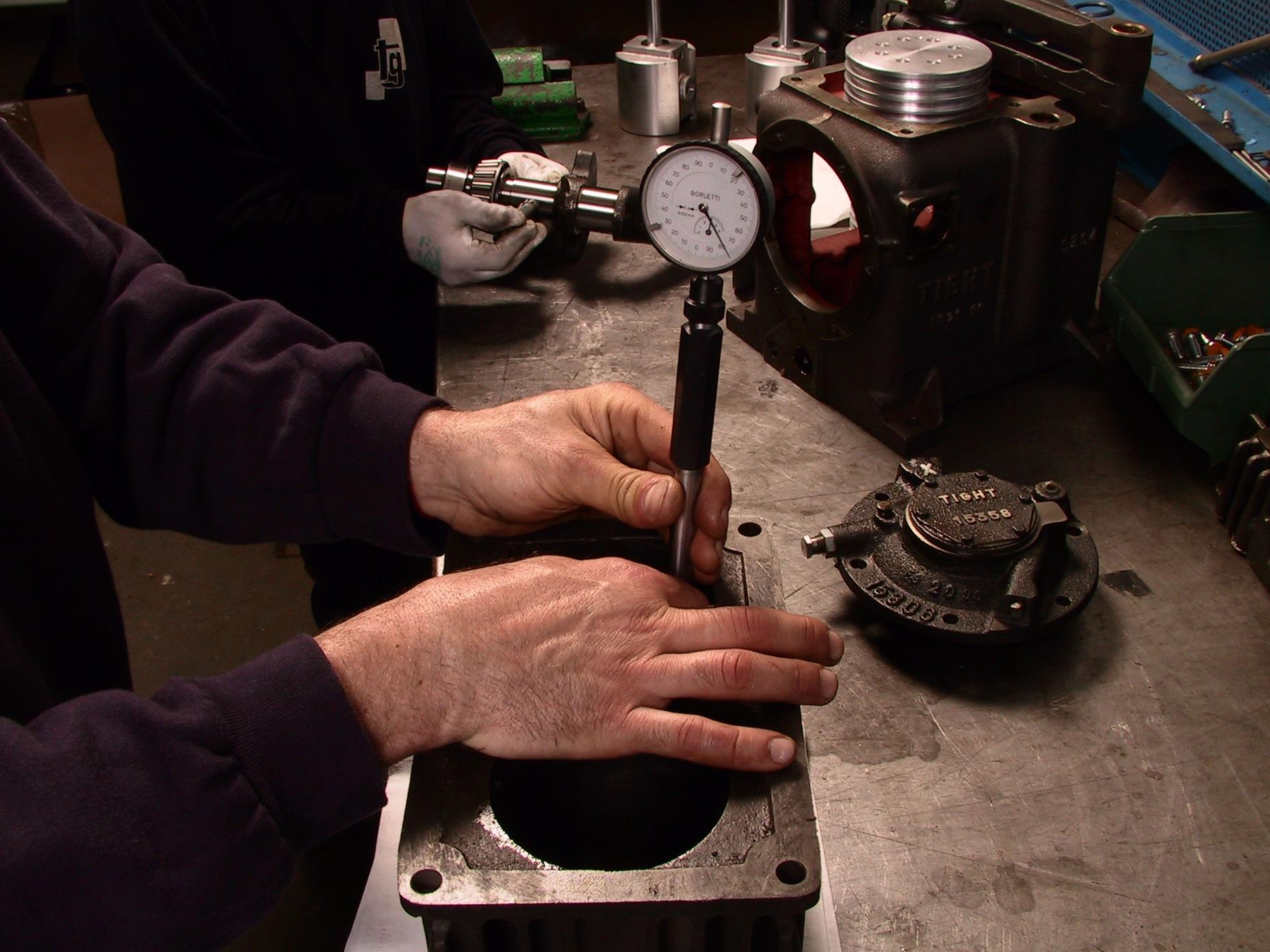 Lavorazione in officina per manutenzione Impianti Tecnogas