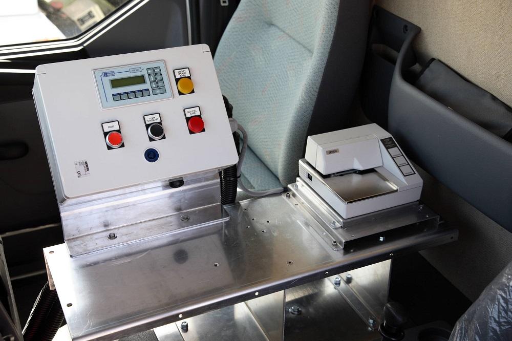 Autobotte particolare impianto monitoraggio in cabina