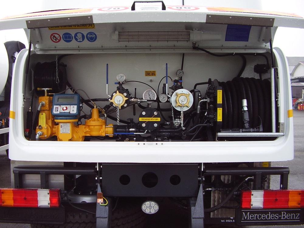 Dettaglio camion con dotazione strumenti Tecnogas