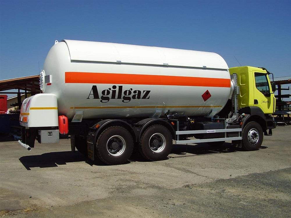 Camion con dotazione impianto gas