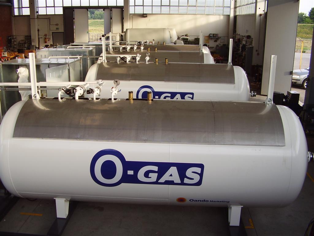 Serbatoi e relativo impianto gas